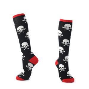 kniekousen - skulls - 1